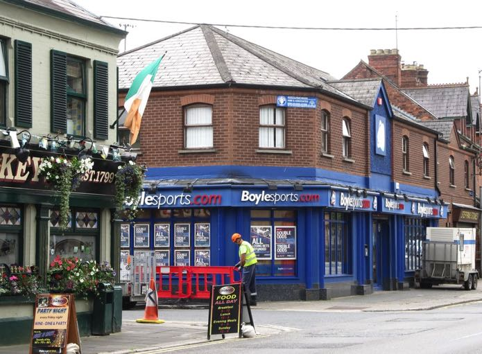 Boylesports betting shops in england what does ew betting mean
